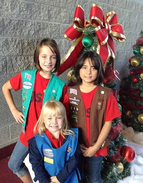 Girl Scout Holiday Greetings